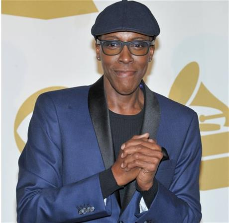 NBC anchor Williams: Sorry for Arsenio Hall snub