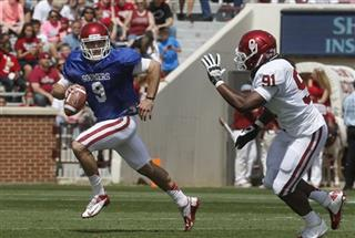 Trevor Knight, Charles Tapper