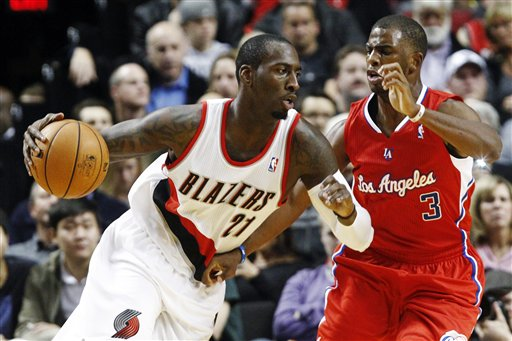 J.J. Hickson, Chris Paul