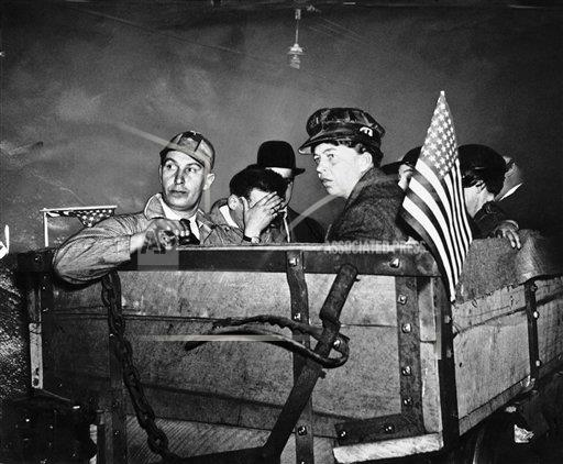 Watchf AP A  OH USA APHS270915 Eleanor Roosevelt with mine workers