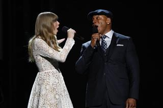 Taylor Swift, LL Cool J