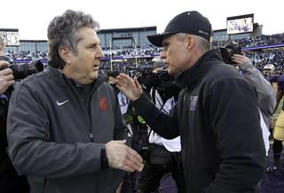 Mike Leach, Chris Petersen