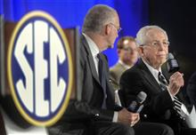 Mike Slive, John Skipper