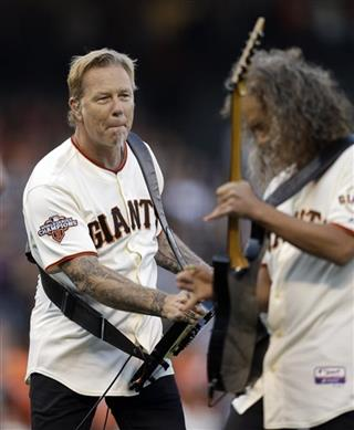 James Hetfield, left, and Kirk Hammett