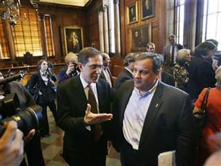 Christopher L. Eisgruber, Chris Christie