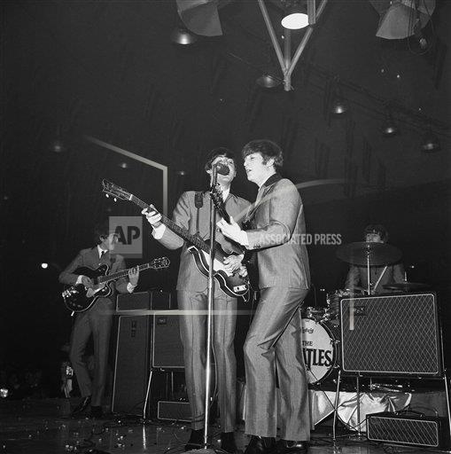 Watchf AP A ENT DC USA APHS391354 The Beatles