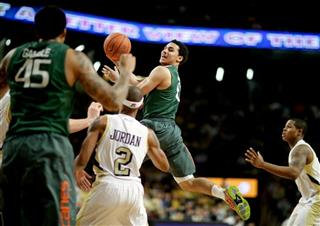 Shane Larkin, Julian Gamble