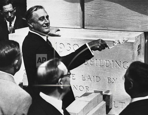 Watchf Associated Press Domestic News  New York United States APHS123310 Franklin D  Roosevelt