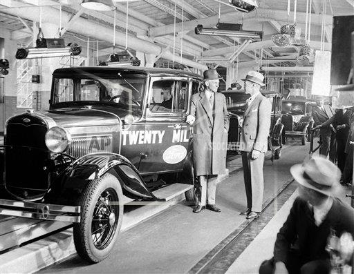 Watchf AP A  MI USA APHS427922 Henry Ford and Edsel Ford