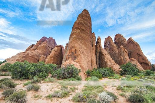 USA, Utah, Arches National Park, red sandstone formations