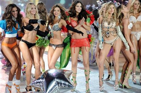 Izabel Goulart, Lindsay Ellingson, Miranda Kerr, Adriana Lima, Doutzen Kroes, Candice Swanepoel