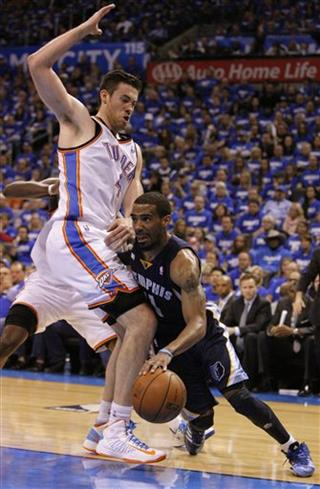 Mike Conley, Nick Collison