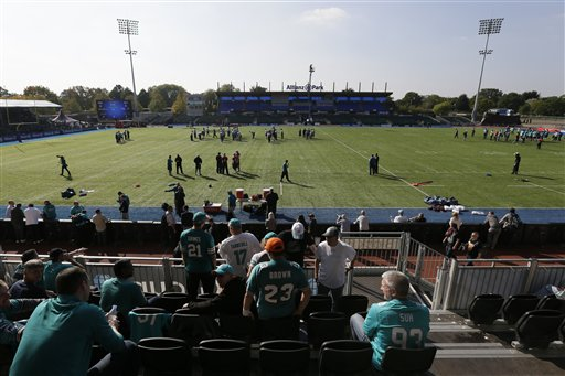 Britain Dolphins Football