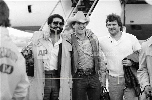 Watchf Associated Press Sports NFL Football California United States APHS226431 Steelers Arrive For Super Bowl 1980