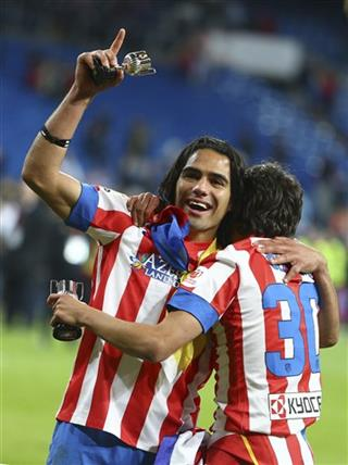 Radamel Falcao, Oliver Torres