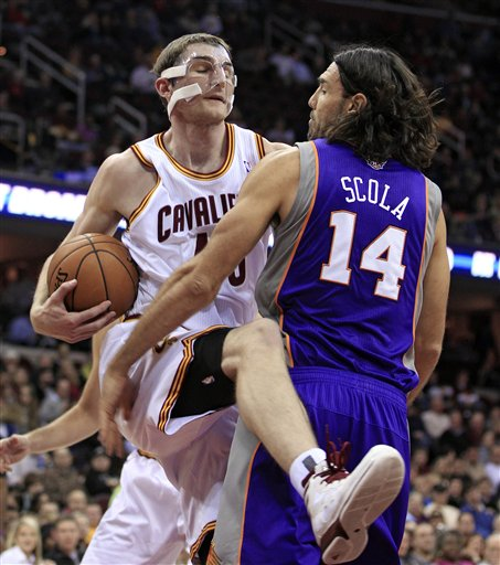 Tyler Zeller, Luis Scola
