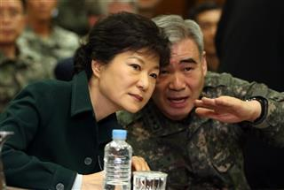 Park Geun-hye, Kwon Oh-sung