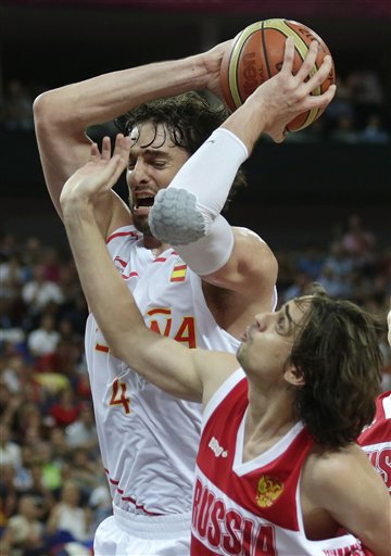 Pau Gasol, Alexey Shved