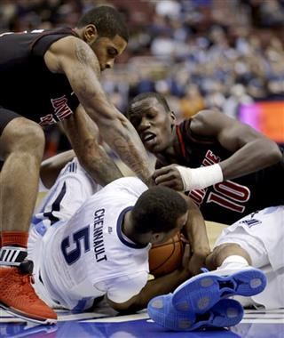 Tony Chennault, Gorgui Dieng, Chane Behanan