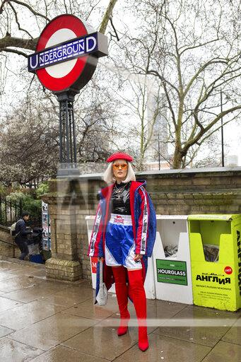 Street Style - London Fashion Week February 2020