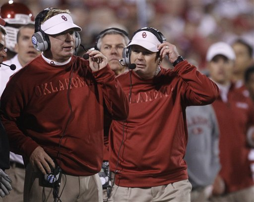 Bob Stoops, Mike Stoops
