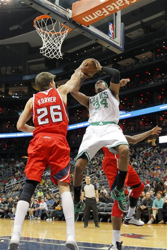 Paul Pierce, Kyle Korver