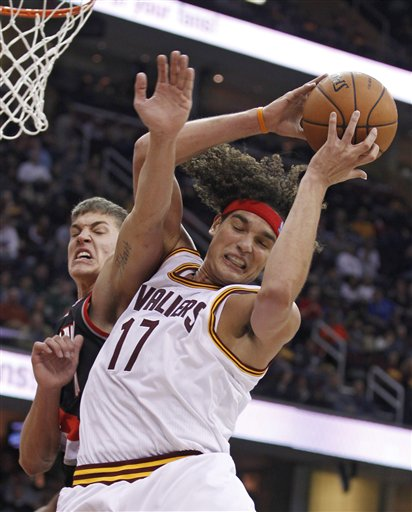 Meyers Leonard, Anderson Varejao