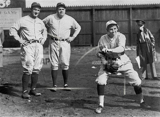 Watchf AP S BBO TN USA APHS310402 Yankees Ruth Gehrig Exhibition