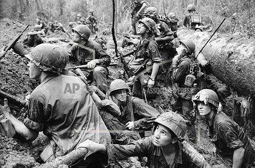 Associated Press International News Vietnam VIETNAM WAR U.S.MARINES