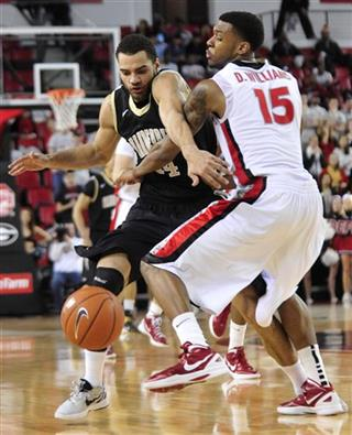 Jeffery Taylor, Donte Williams