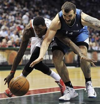 Larry Sanders, Nikola Pekovic