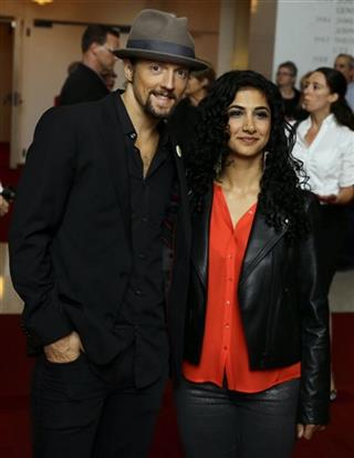 Jason Mraz, Mona Tavakoli