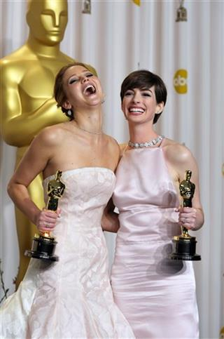 Jennifer Lawrence, Anne Hathaway