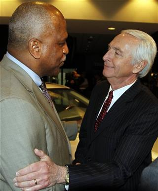 Steve Beshear, Wil James