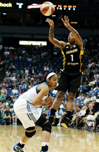 Riquna Williams, Maya Moore