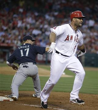 Albert Pujols, Justin Smoak