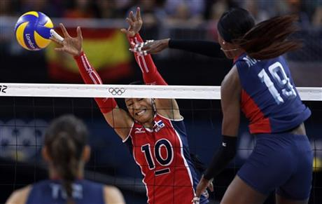 Destinee Hooker, Milagros Cabral de la Cruz