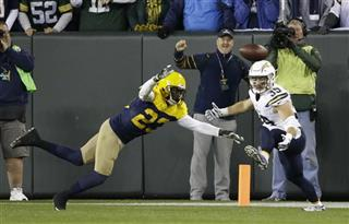 Chargers Packers Football