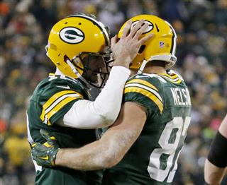 FBN Packers Rodgers to Nelson