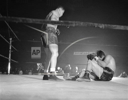 Watchf AP S BOX NY USA APHS336742 Louis Baer Fight 1942