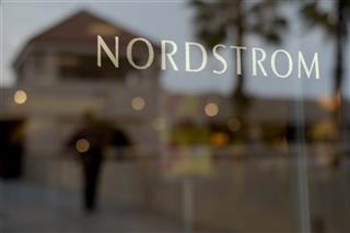 Earns Nordstrom
