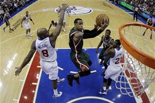 Damien Wilkins, Monta Ellis