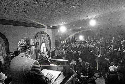 Watchf Associated Press Domestic News  Dist. of Col United States APHS109155 Henry Kissinger Talks To Media 1972