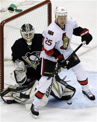 Tomas Vokoun, Chris Neil