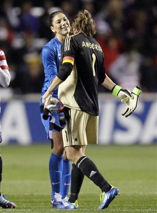 Hope Solo, Nadine Angerer