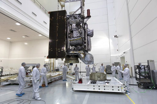 New US weather satellite can't keep cool, could hurt ph