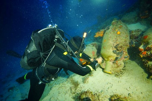 Greece: Ancient wrecks, pottery found at ships' 'gravey