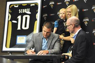 Jaguars Scobee Retires Football