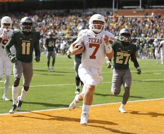 Shane Buechele, Jameson Houston, Verkedric Vaughns