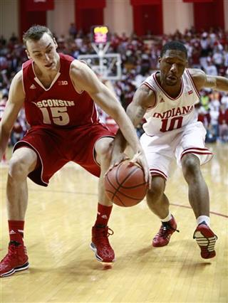 Sam Dekker, Evan Gordon